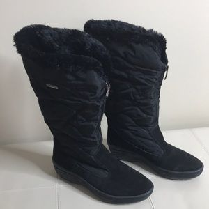 PAJAR Talia Black Boot Front Zip Faux Fur Size 39
